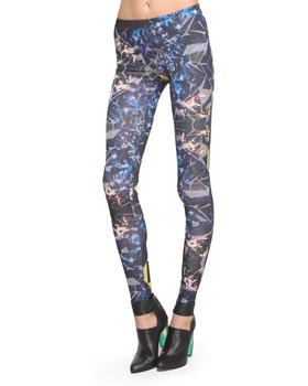 -FEATURES- - Exploded Prism Legging