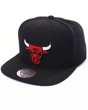 Mitchell & Ness - Chicago Bulls Wool Solid Snapback Cap-1993330