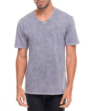 Basic Essentials - Basic Pigment Dyed V - Neck S/S Tee