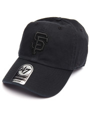 Men - San Francisco Giants Black on Black Clean Up 47 Strapback Cap