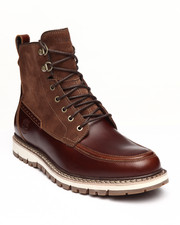 Timberland - Britton Hill Waterproof Moc Toe Boots