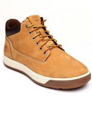Boots - Tenmile Chukka Mid