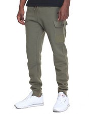 Weather Your Style - Cargo Sweatpant
