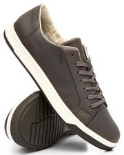 Footwear - Rikn Sneakers