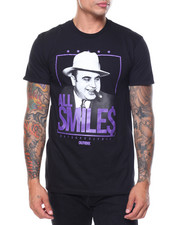 OUTRANK - S/S Sll Smiles Tee