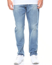 Lee - Athletic Fit Straight Leg Jean