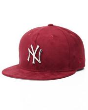 New Era - 9Fifty New York Yankees Metal Badge Snapback