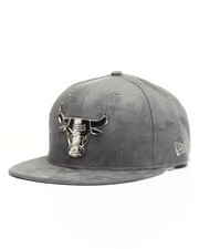 New Era - 9Fifty Chicago Bulls Silver Metal Badge Custom Hat-2126665