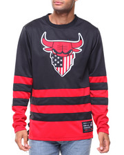 Buyers Picks - Color Block Jersey With Bull Appq
