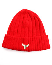 NBA, MLB, NFL Gear - Chicago Bulls Badge Slick Knit Hat