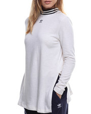 Athleisure for Women - L/S Tee