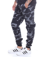 Buyers Picks - Camo Joggers