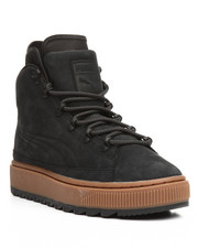 The Camper - The Ren Boot NBK