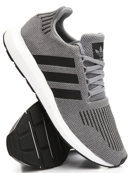 Adidas - Swift Run Sneakers
