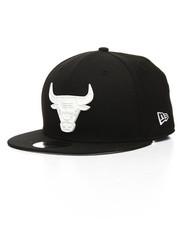 New Era - 9Fifty Chicago Bulls Glossy Metal Badge Snapback Hat