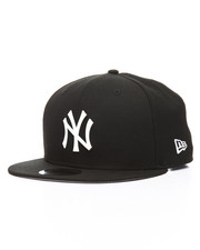 New Era - 9Fifty New York Yankees Glossy Metal Badge Snapback Hat