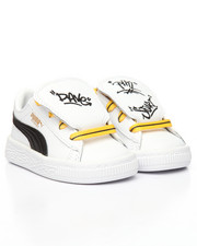 Boys - Minions Basket Tongue Inf Sneakers (4-10)
