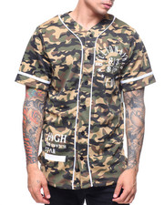 Buyers Picks - CAMO ROAMN NUMERAL BASEBALL TEE