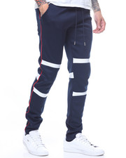 Athleisure for Men - Panel detail double knit jogger