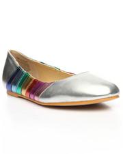 Footwear - Round Toe Flat
