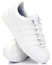 Sneakers - Classic VN Sneakers