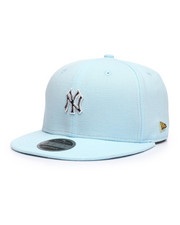 NBA, MLB, NFL Gear - Black Label 9Fifty New York Yankees Micro Stitch Strapback Hat-2229917