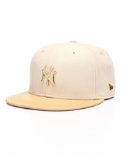 New Era - Black Label 9Fifty New York Yankees Gold Badge Strapback Hat-2229845
