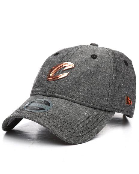 New Era - Black Label 9Twenty Cleveland Cavaliers Badged Strapback Hat