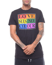 T-Shirts - LOVE SEES NO COLOUR  TEE-2233264