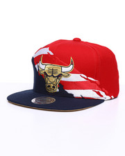 NBA, MLB, NFL Gear - Chicago Bulls Brushed Flag Snapback Hat-2236846