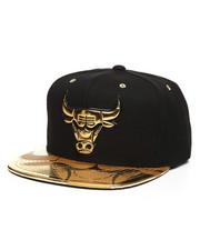 Mitchell & Ness - Chicago Bulls Gold Standard Snapback Hat-2250906
