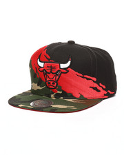 Mitchell & Ness - Chicago Bulls Camo Paintbrush Snapback Hat-2250938