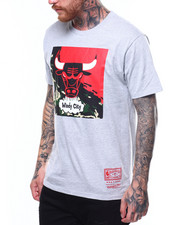 Mitchell & Ness - CHICAGO BULLS Camo Paintbrush SS Tee-2261712