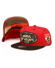 Mitchell & Ness - 1998 NBA Finals Chicago Bulls Mist Gold Snapback Hat-2268828