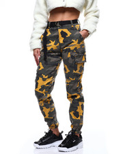 Athleisure for Women - Color Block Camo Jogger/Elongated Belt-2282824