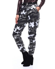 Athleisure for Women - Color Block Camo Jogger/Elongated Belt-2282832