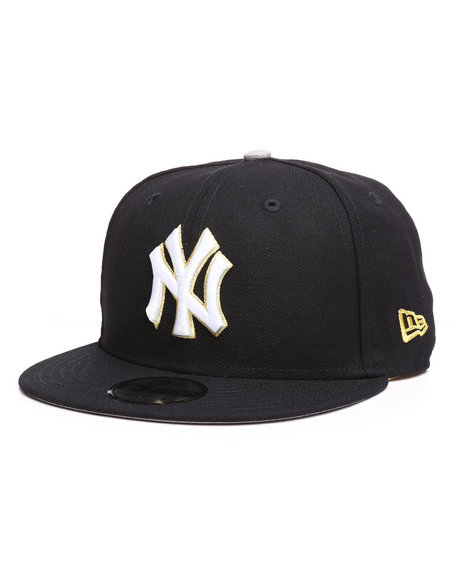 Buy 9Fifty Triumph Turn New York Yankees Snapback Hat Men s Hats ... 0c6cdc12132