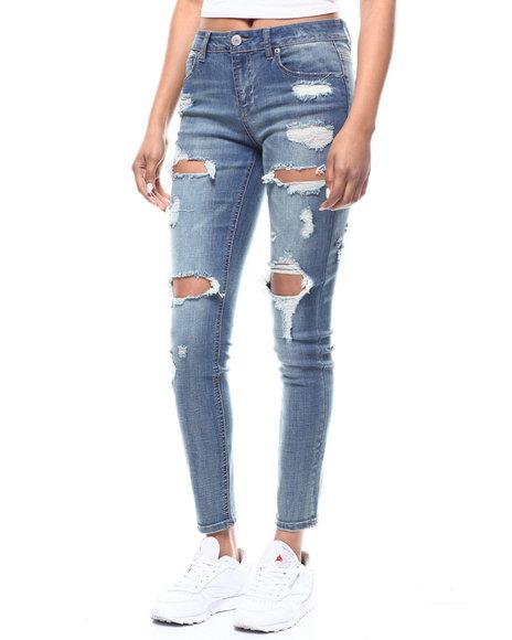 Almost Famous - Destructed 5 Pocket Skinny Jean