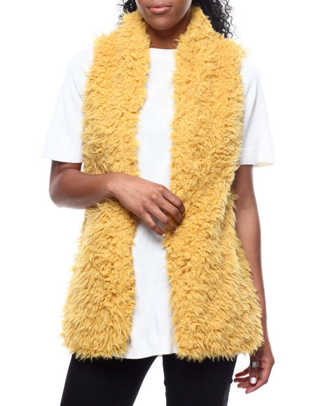Fashion Lab - Hook & Eye Exposure Faux Fur Vest