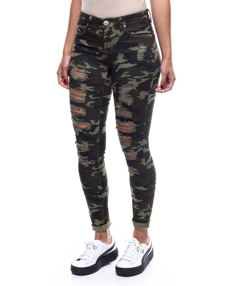 Almost Famous - Distressed Skinny Camo Pant