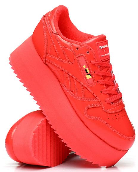 Reebok - Reebok x Gigi Hadid Classic Leather Triple Platform Sneakers
