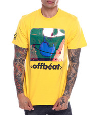 offbeat - SITTING ASTRONAUT IRIDESCENT TEE-2332033