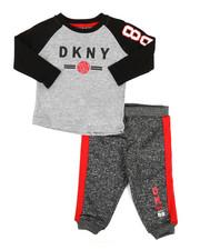 DKNY Jeans - NYC 2 Piece Fleece Set (Infant)-2329054