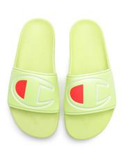Sandals - IPO Slides-2338602