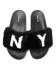 Qupid - Faux Fur NY Slide Sandals-2364909