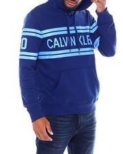 Calvin Klein - VARSITY TRAVELING LOGO HOODIE-2386795