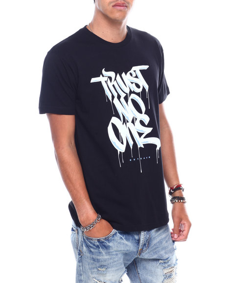OUTRANK - Trust No One Tee