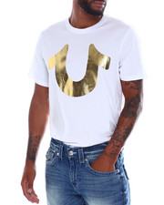 Mens-Fall - gold horse shoe tee-2388624