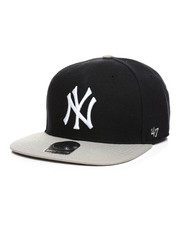 Women - New York Yankees Sure Shot Two Tone Captain Snapback Hat-2406453