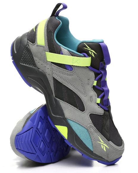 Reebok - Aztrek 96 Adventure Sneakers